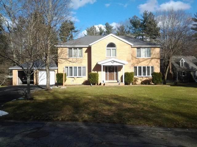 135 Lori Lane, Taunton, MA 02780 (MLS #72689688) :: RE/MAX Vantage