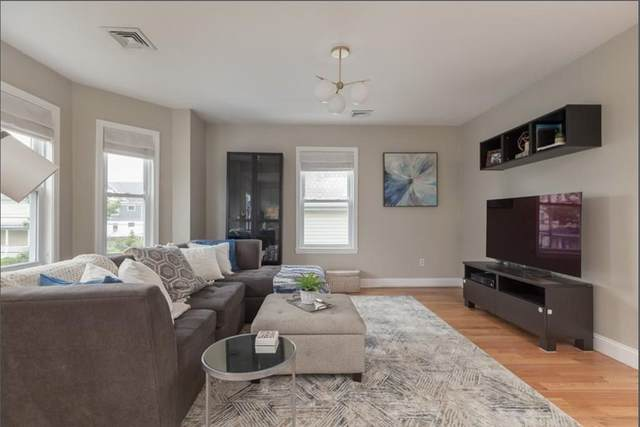 44 Vernon Street #2, Waltham, MA 02453 (MLS #72689726) :: The Duffy Home Selling Team