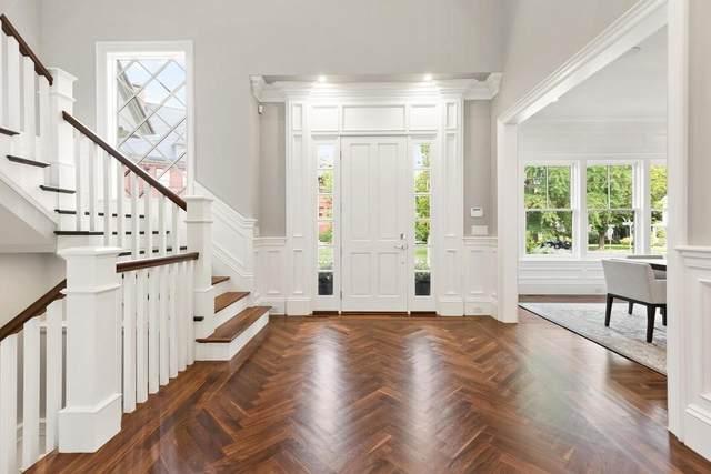 32 Burroughs Road, Lexington, MA 02420 (MLS #72691331) :: Westcott Properties