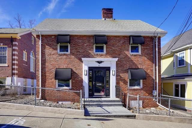 81 Park Avenue, Arlington, MA 02476 (MLS #72692563) :: Berkshire Hathaway HomeServices Warren Residential