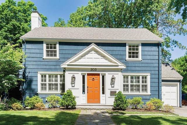 203 Greenwood St, Newton, MA 02459 (MLS #72701182) :: The Gillach Group