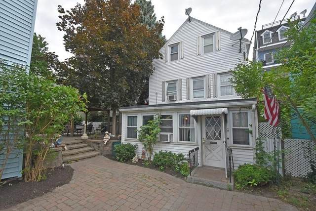 9 Russell St, Boston, MA 02129 (MLS #72701642) :: The Gillach Group