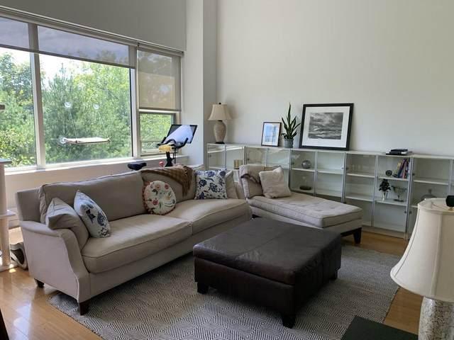 290 Pleasant Street #316, Watertown, MA 02472 (MLS #72701757) :: Berkshire Hathaway HomeServices Warren Residential
