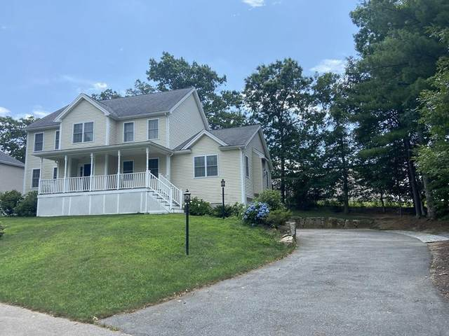 2 Independence Ln, Medway, MA 02053 (MLS #72701829) :: The Gillach Group