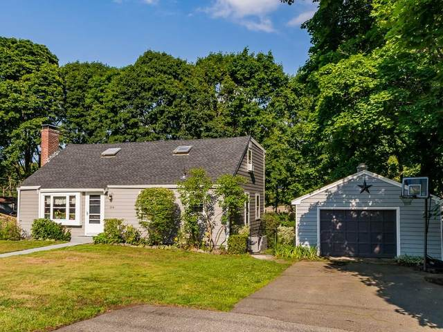 104 Myrtle Ave, Wakefield, MA 01880 (MLS #72704130) :: DNA Realty Group