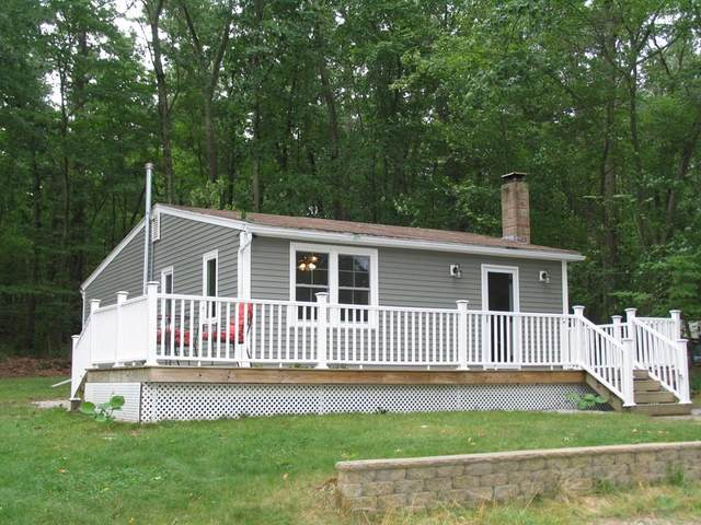 14 Burgate St, Glocester, RI 02814 (MLS #72705642) :: The Gillach Group