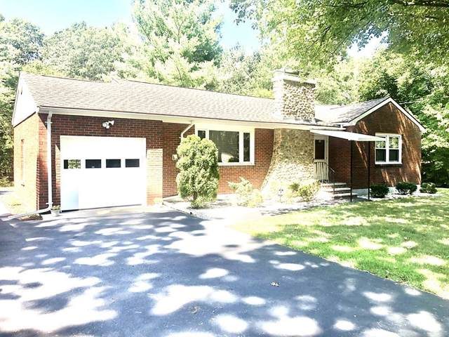 1237 Bay Rd, Sharon, MA 02067 (MLS #72707191) :: Welchman Real Estate Group