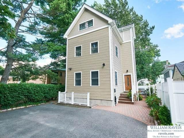 228 Chapel St, Newton, MA 02458 (MLS #72709803) :: Zack Harwood Real Estate | Berkshire Hathaway HomeServices Warren Residential