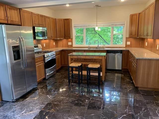 194 Auburn Street #2, Newton, MA 02466 (MLS #72714998) :: Cosmopolitan Real Estate Inc.