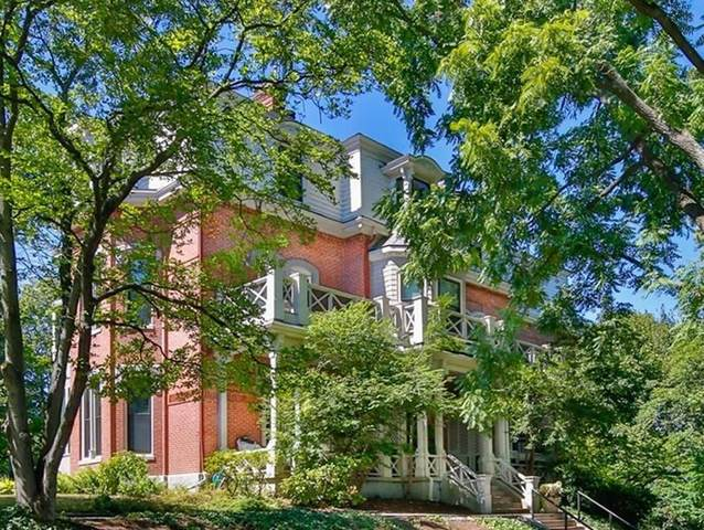 101 Summit Ave D, Brookline, MA 02446 (MLS #72722635) :: The Duffy Home Selling Team