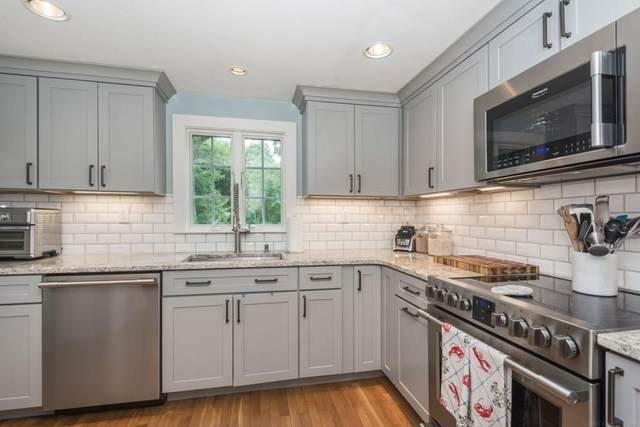 47 Church St, Cohasset, MA 02025 (MLS #72723122) :: Parrott Realty Group