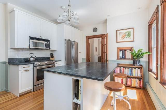 10 Lee St #2, Somerville, MA 02145 (MLS #72727517) :: Anytime Realty