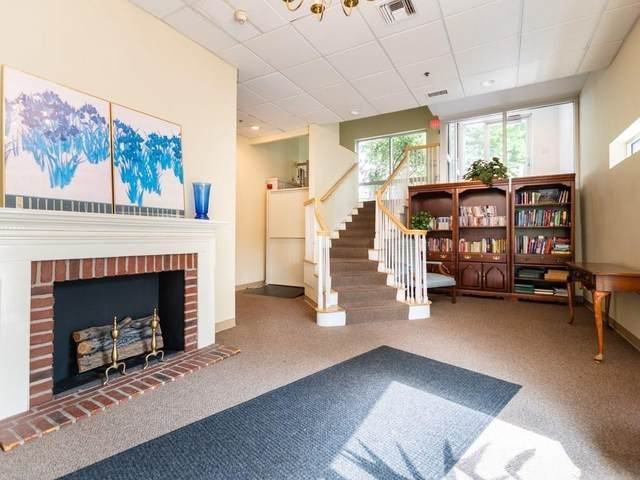 332 Jamaicaway #206, Boston, MA 02130 (MLS #72728667) :: Parrott Realty Group