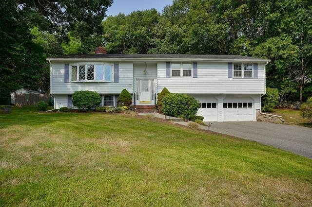 19 Stagecoach Rd, Medfield, MA 02052 (MLS #72728767) :: Trust Realty One