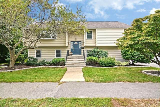 453 Lowell St, Wakefield, MA 01880 (MLS #72730348) :: Exit Realty