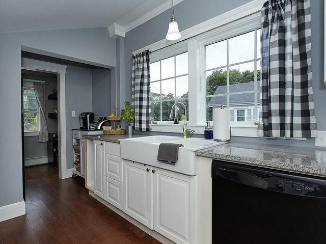 66-68 Spring St, Cohasset, MA 02025 (MLS #72731326) :: Charlesgate Realty Group