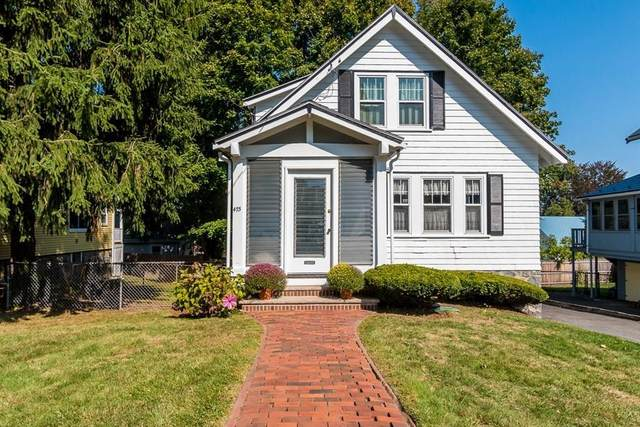475 Weld St, Boston, MA 02132 (MLS #72732364) :: The Duffy Home Selling Team