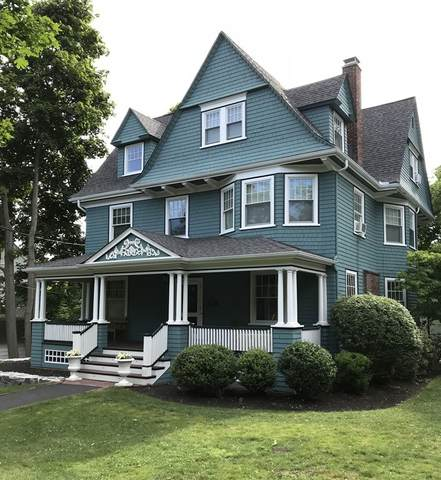 70 Sumner St, Newton, MA 02459 (MLS #72734465) :: Kinlin Grover Real Estate