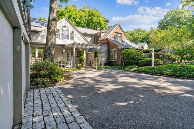 32 Hayes Ave, Lexington, MA 02420 (MLS #72735252) :: Zack Harwood Real Estate | Berkshire Hathaway HomeServices Warren Residential