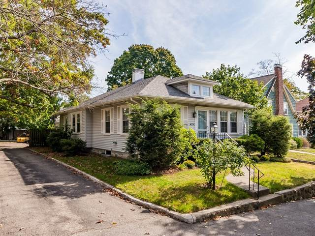 72 Irving St, Waltham, MA 02451 (MLS #72739934) :: EXIT Cape Realty
