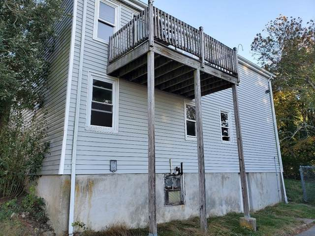 135 Randolph Ave, Tiverton, RI 02878 (MLS #72741143) :: Re/Max Patriot Realty