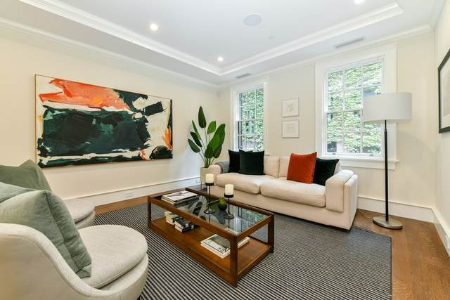 4 Strong Place, Boston, MA 02114 (MLS #72742247) :: Walker Residential Team