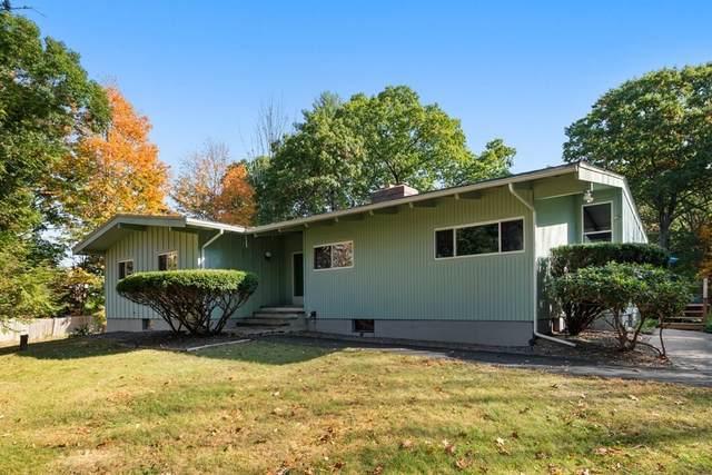 94 Coolidge Street, Sherborn, MA 01770 (MLS #72743373) :: Cosmopolitan Real Estate Inc.