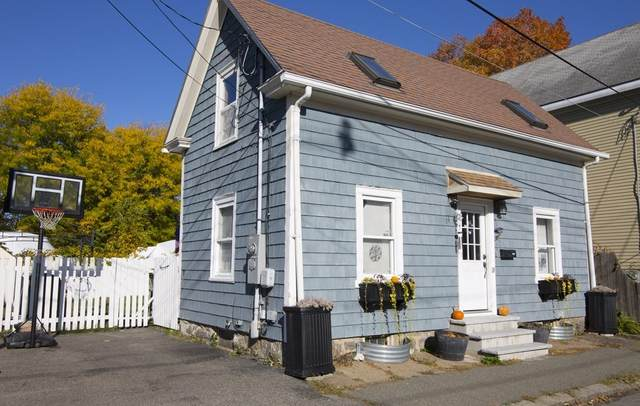 14 Burnside St, Salem, MA 01970 (MLS #72744386) :: Zack Harwood Real Estate | Berkshire Hathaway HomeServices Warren Residential