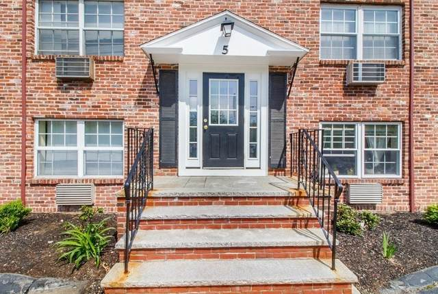 5 Colonial Village Dr #2, Arlington, MA 02474 (MLS #72744501) :: Taylor & Lior Team