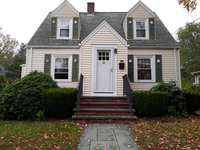 114 Rock St, Norwood, MA 02062 (MLS #72746782) :: Team Roso-RE/MAX Vantage