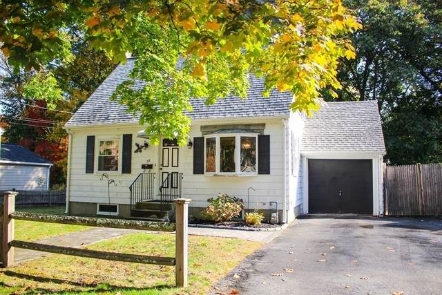 22 Robert St, Wakefield, MA 01880 (MLS #72747428) :: RE/MAX Unlimited