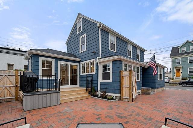 17 Commercial Street, Marblehead, MA 01945 (MLS #72747444) :: EXIT Cape Realty