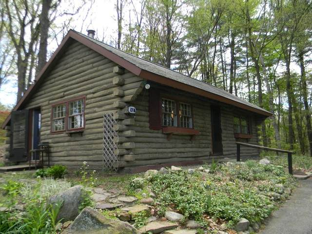 10 The Knolls, South Hadley, MA 01075 (MLS #72747749) :: RE/MAX Unlimited