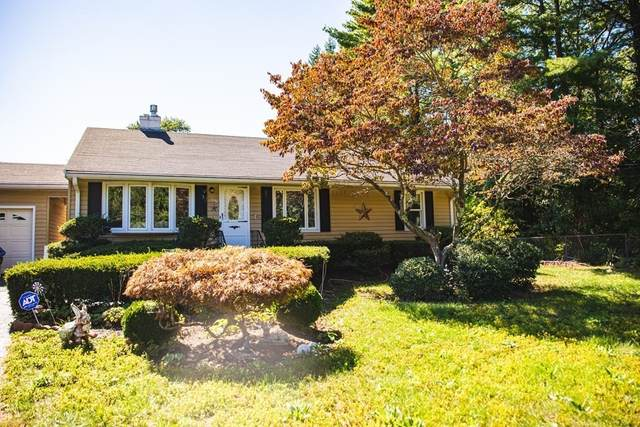 57 West St, Medway, MA 02053 (MLS #72747922) :: The Seyboth Team