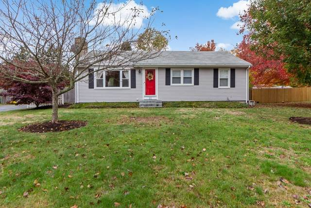 33 Briarwood Dr, Seekonk, MA 02771 (MLS #72748337) :: Maloney Properties Real Estate Brokerage