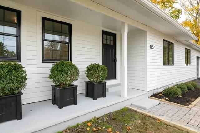1057 Whitman St, Hanson, MA 02341 (MLS #72750003) :: Maloney Properties Real Estate Brokerage