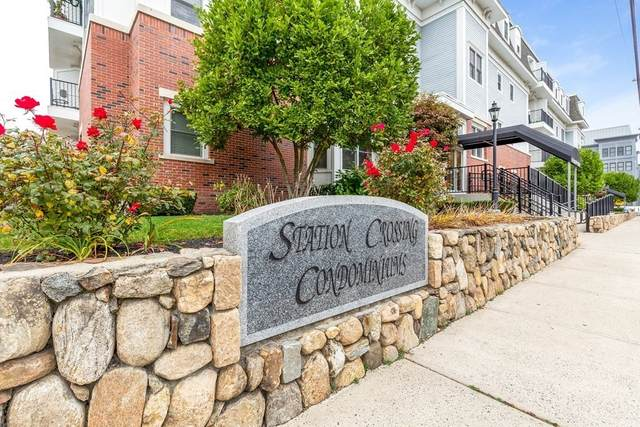 16 Willow St #202, Melrose, MA 02176 (MLS #72750359) :: Revolution Realty