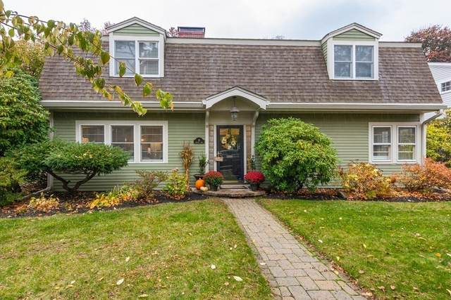 15 Carlton Rd, Marblehead, MA 01945 (MLS #72750492) :: Cosmopolitan Real Estate Inc.
