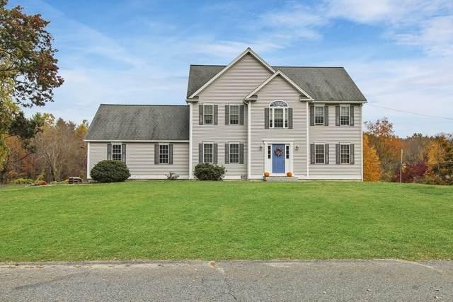 32 Pierce Ave, Westford, MA 01886 (MLS #72750531) :: Cosmopolitan Real Estate Inc.
