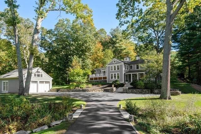 88 Pine St, Dover, MA 02030 (MLS #72752388) :: Cosmopolitan Real Estate Inc.
