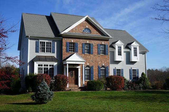 4 Mayflower Ln, Southwick, MA 01077 (MLS #72753804) :: Cosmopolitan Real Estate Inc.