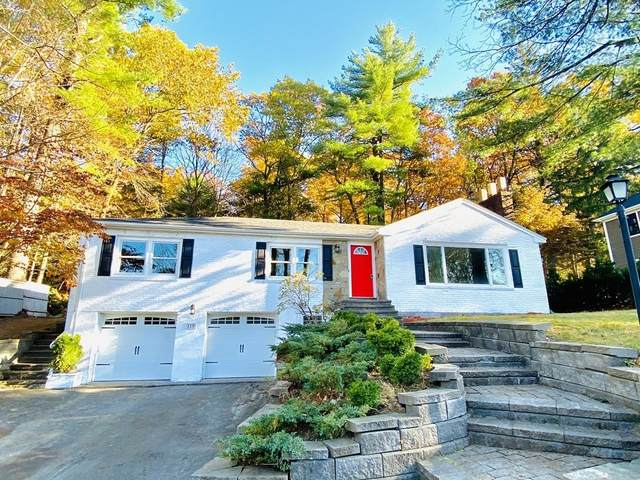 110 Great Plain Ave, Wellesley, MA 02482 (MLS #72754451) :: Cheri Amour Real Estate Group