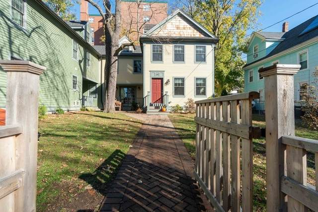 39 Oxford St B, Somerville, MA 02143 (MLS #72755294) :: Ponte Realty Group