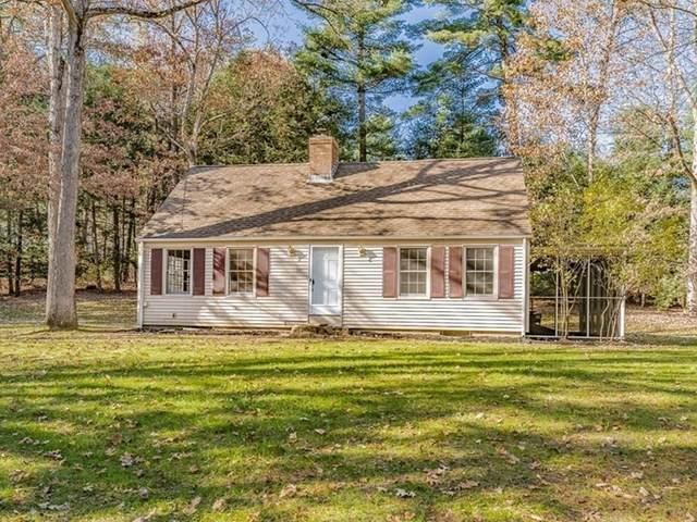 152 Feeding Hills Rd, Southwick, MA 01077 (MLS #72755624) :: Cosmopolitan Real Estate Inc.