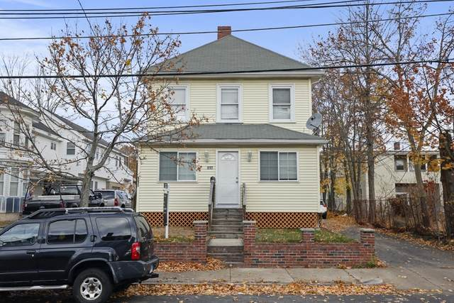 113-115 Russell St, Waltham, MA 02453 (MLS #72758193) :: Cheri Amour Real Estate Group