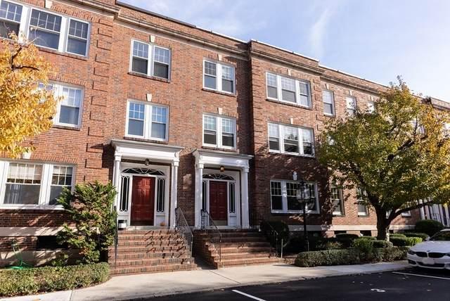 6 Alton Court #1, Brookline, MA 02446 (MLS #72758410) :: Revolution Realty