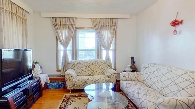 25 Essex St, Malden, MA 02148 (MLS #72759010) :: Exit Realty