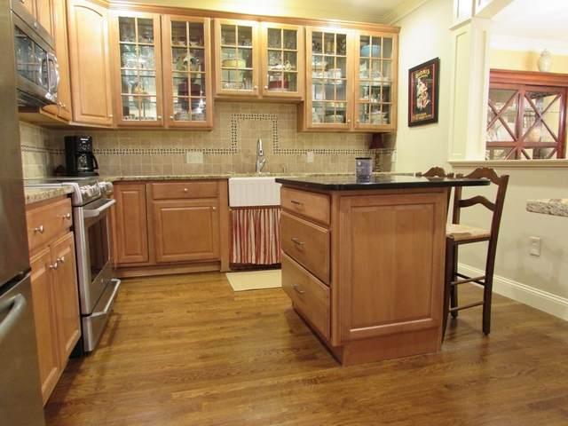170 Haverhill St. #116, Andover, MA 01810 (MLS #72759455) :: Cosmopolitan Real Estate Inc.