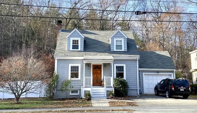 118 Oak Street, Wakefield, MA 01880 (MLS #72759595) :: Westcott Properties