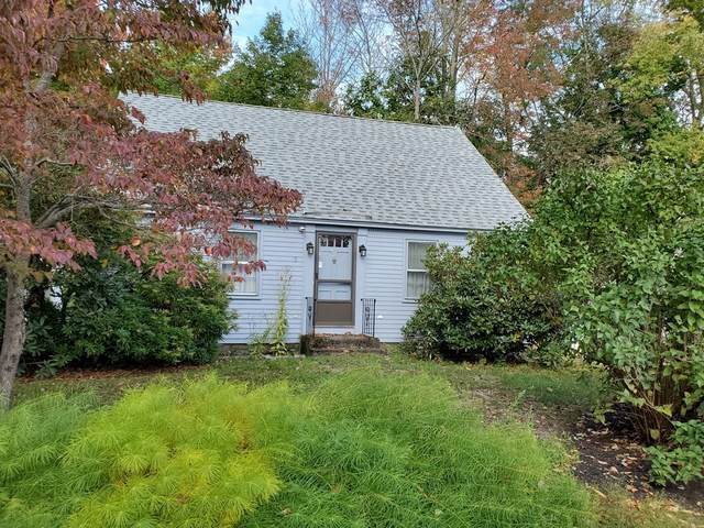 9 Comings Ct, Exeter, NH 03833 (MLS #72760092) :: revolv